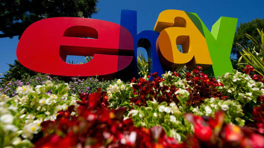 EBay Earnings Top Forecasts, Outlook Is In-Line