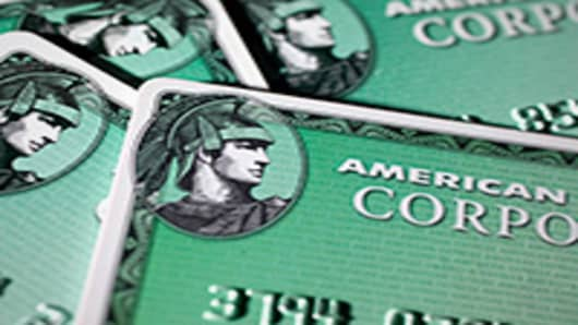What Should Investors Do With AmEx Now?