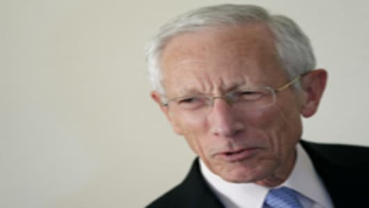 World 'Close' to Recession: Stanley Fischer