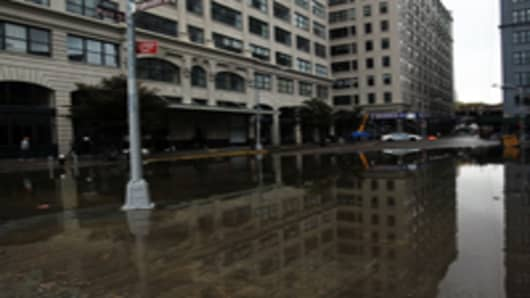 Floods, Power Cuts Hit New York as Sandy Slams into Eastern US