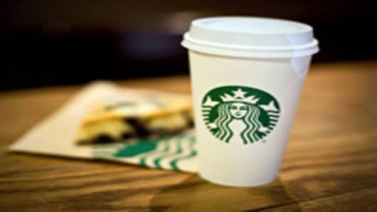 Starbucks Raises Its Outlook, Increases Dividend