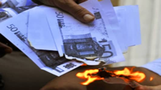 Greece Running Out of Cash; Government Under Threat