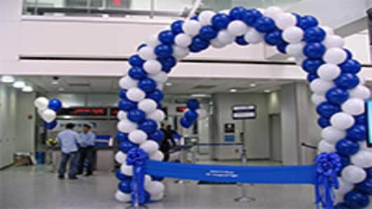 Onboard United's Inaugural 787 Dreamliner Flight