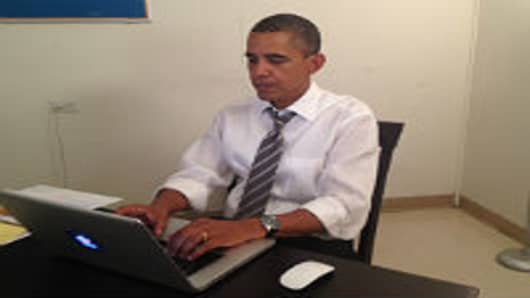 Obama Uses Reddit to Make Final Plea as Polls Close