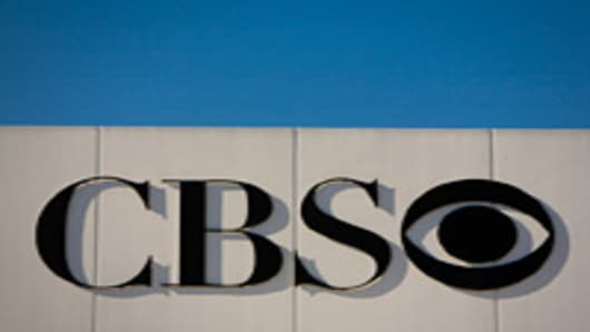 Moonves' Money Beyond Ads: CBS Earnings Beat Expectations