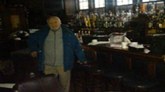 Harry's Bar Owner: I Can Open in 24 Hours—If I Get Electricity