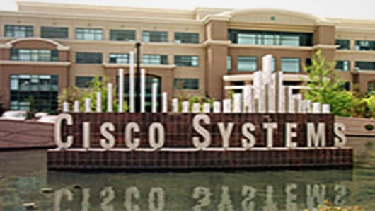 Cisco Beats on Earnings, Outlook Is On Target