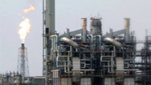Rosneft Set to Clinch Deal on TNK-BP