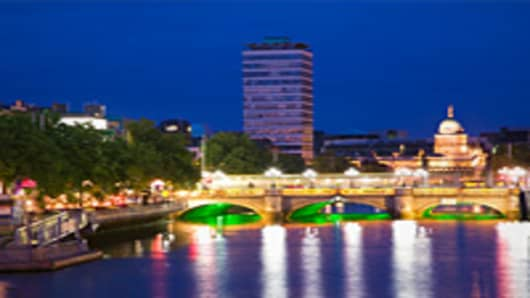 Bond Investor Takes Big Punt on Ireland