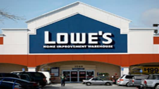 Brighter Skies Likely Ahead for Lowe's: Pro