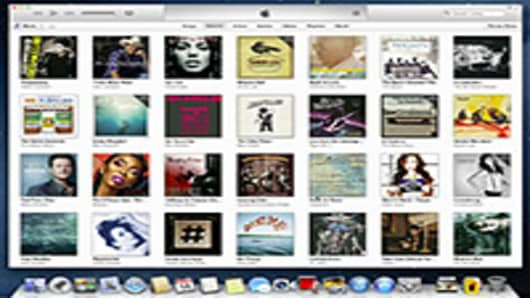 After Delay, Apple Launches Redesigned iTunes