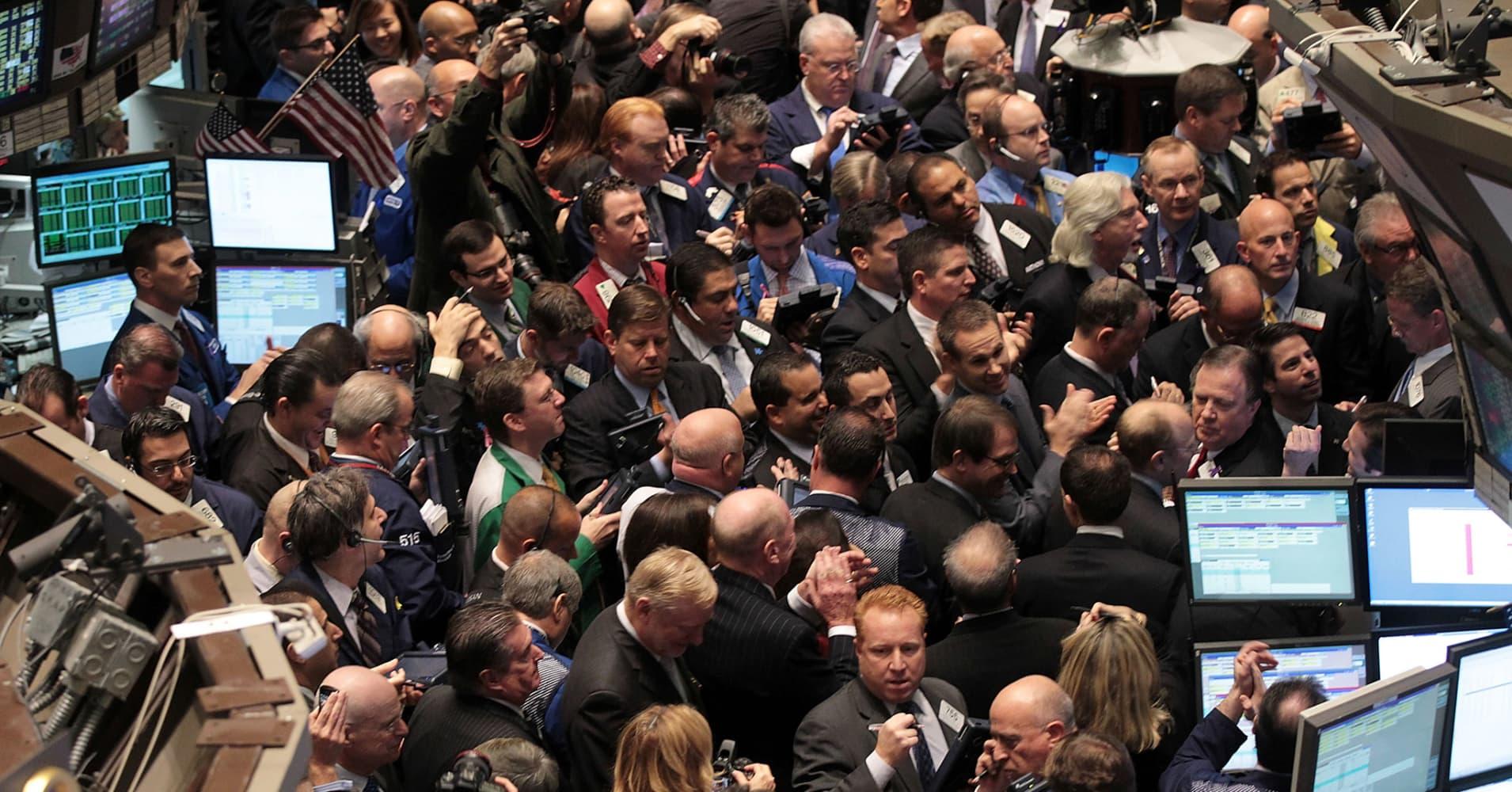 Dark Pools Grow As Wall Street Eyes Regulation