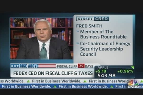 FedEx CEO: Must Stimulate US Investments, Lower Corporate Tax