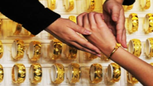 Is China's Gold Fever Over? World Demand Slides