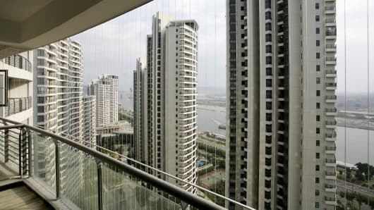 High-rise buildings at the river Minjiang, Fuzhou, Fujian province, China.