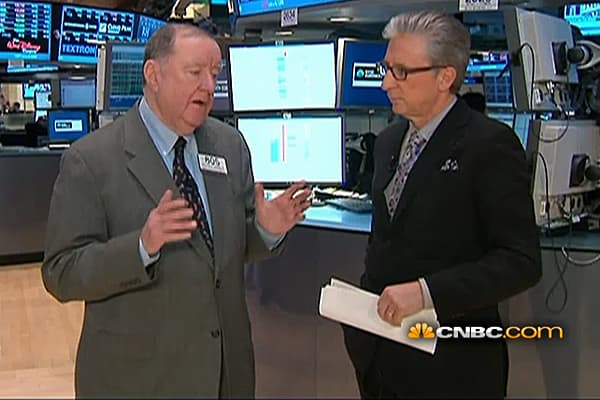 90 Seconds with Art Cashin: 'Money's Beginning to Move Around'