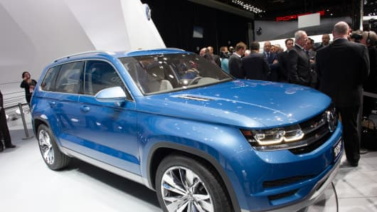 Volkswagen Crossblue concept at the 2013 Detroit Auto Show.