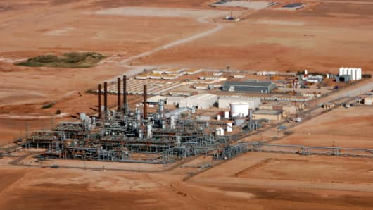A gas plant operated by Sonatrach, BP, and StatoilHydro. Hostages were taken from the Amenas gas field near the Libyan border.