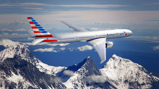 American Airlines unveils a new logo and exterior for its planes.