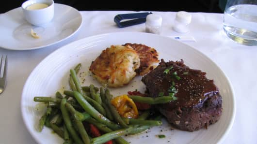 United Airlines International First Class Meal