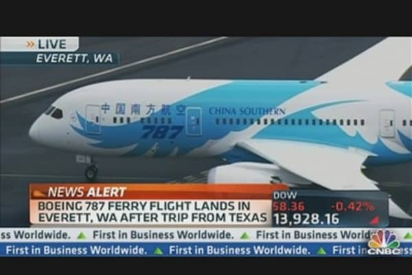 Boeing 787 Ferry Flight Lands
