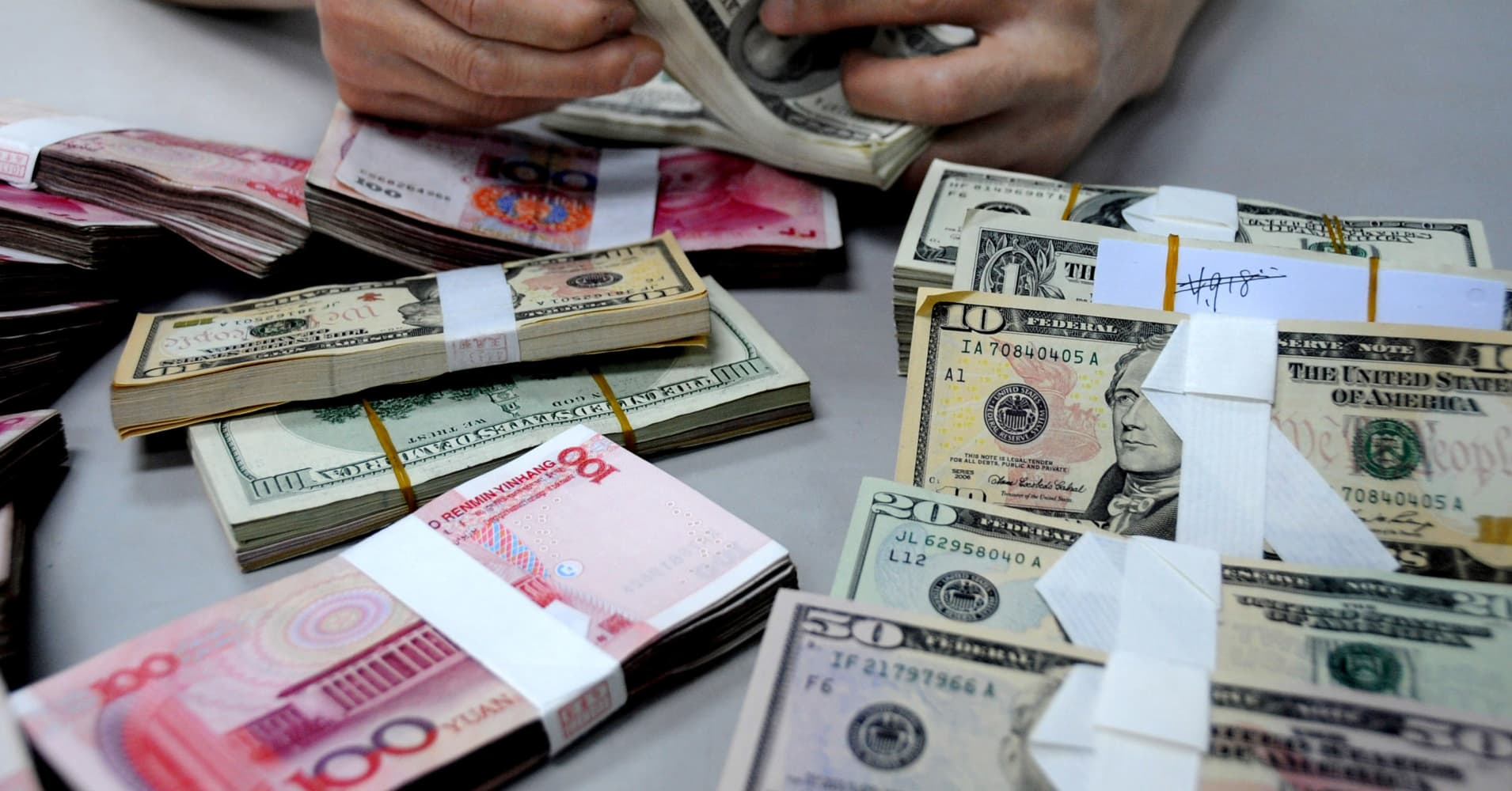 Make money with currency exchange