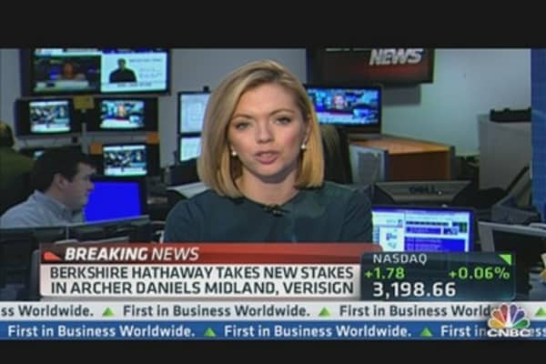 Berkshire Hathaway Takes New Stakes