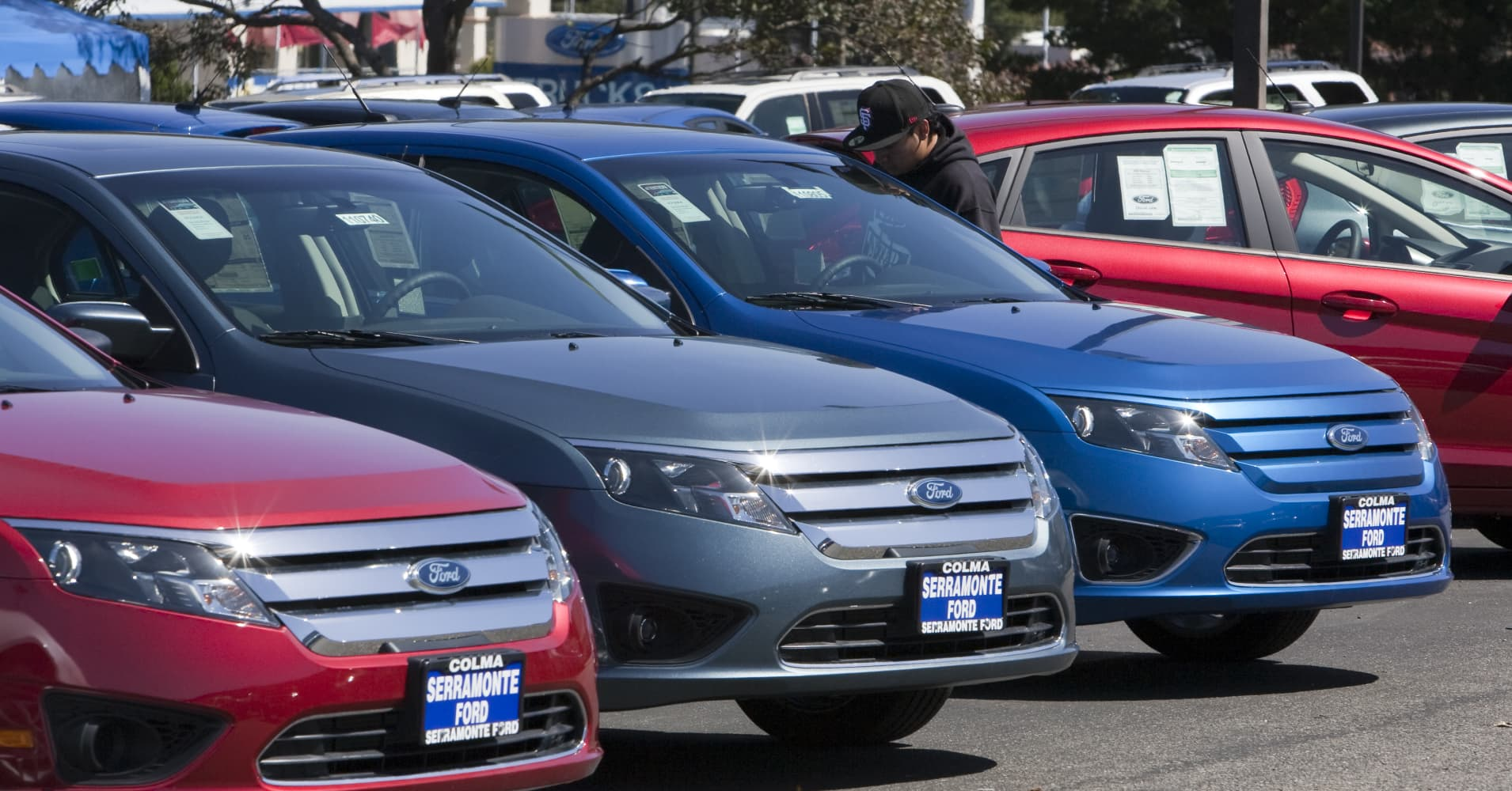 US regulators open investigation on 2009-2011 Ford Fusion
