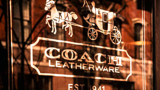 Coach Inc (COH) CAO Sells 19450 Shares of Stock