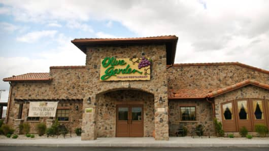 Olive Garden Promises Smaller And Cheaper Plates