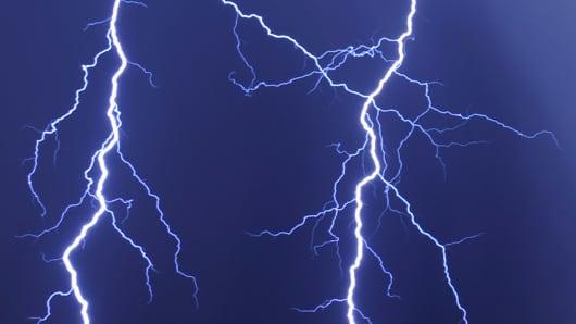124933438EM018_Thunderstorm