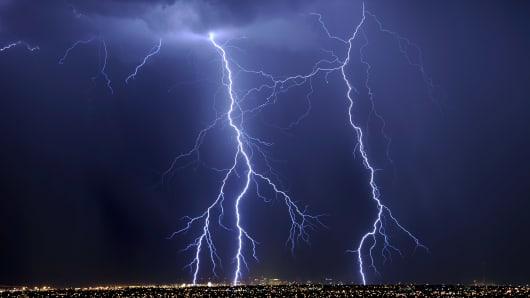 124933438EM006_Thunderstorm