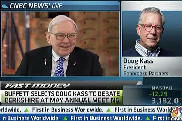 One Reason 'Buffett's Bear' Is Short Berkshire
