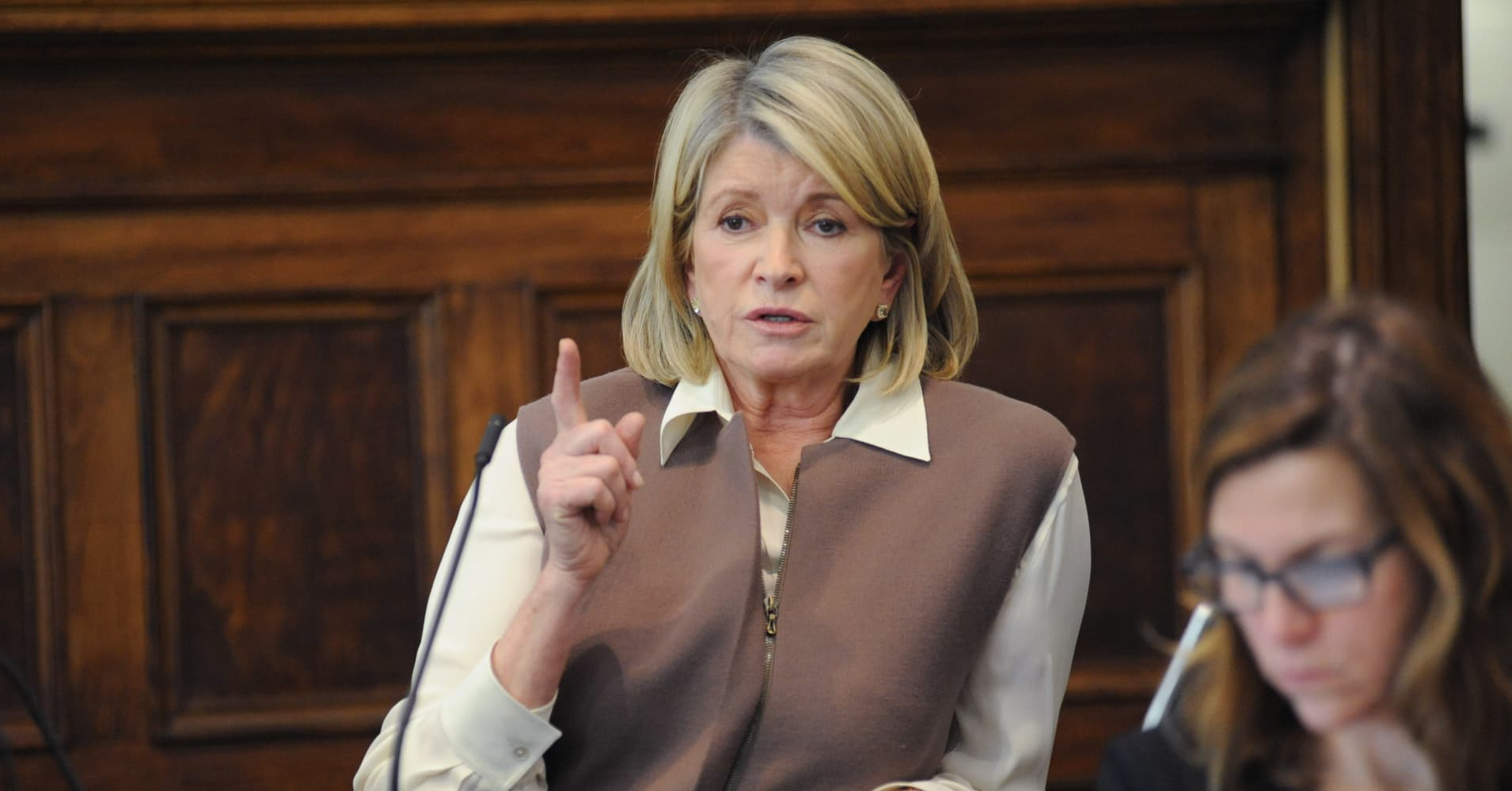 martha stewart trial As jury selection began in the martha stewart trial, a prospective juror told gawkercom about a 35-page questionnaire used to decide whether jurors will be accepted.