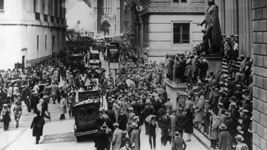 29th October 1929.: Workers flood the streets in a panic following the Black Tuesday stock market crash on Wall Street
