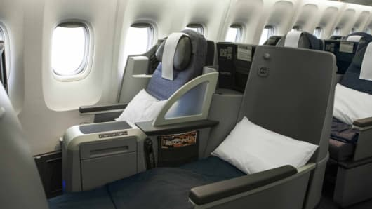 "United Airlines ""Lie-Flat BusinessFirst Seats""."