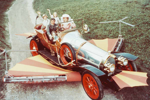 Hollywood Treasures - Chitty Chitty Bang Bang Flying Car
