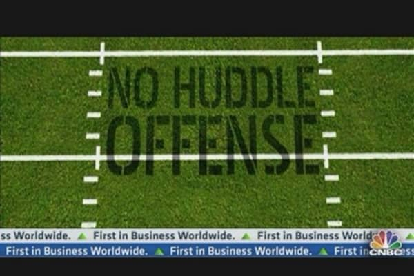 No Huddle Offense: MSFT Falling Hard for NFLX?