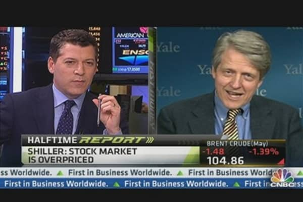 US Stocks Pricey, Still 'Good Investment': Robert Shiller