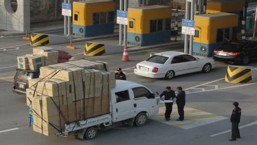 South Korean cars arrive from the Kaesong joint industrial complex in North Korea