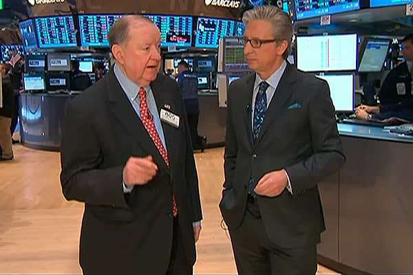 90 Seconds with Art Cashin: IBM Drags Market Down