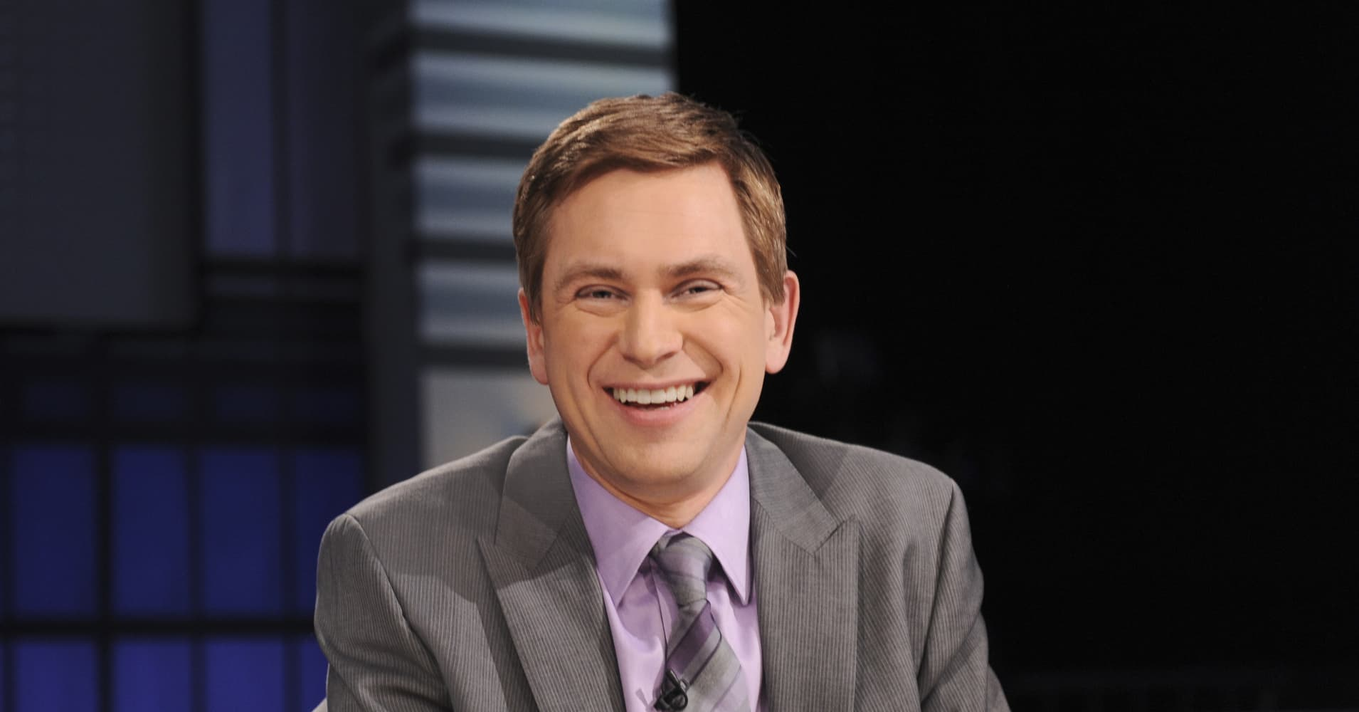 "Image result for Pat Kiernan cameo cameo The World's ""Top-10"" Highest Grossing Stars In Cameo Roles 100657222 pat kiernan stageshoot"