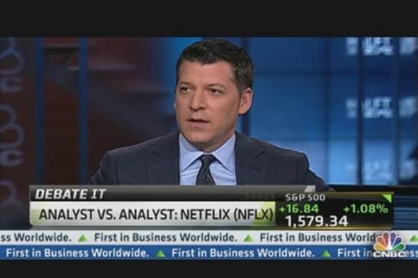 Netflix Bull vs. Bear Debate Verdict: Pros