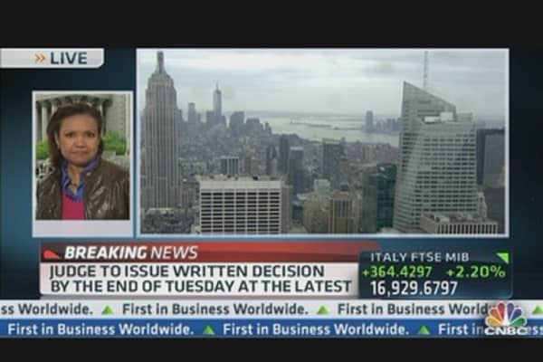 Judge Near Decision in Empire State Building Buyout