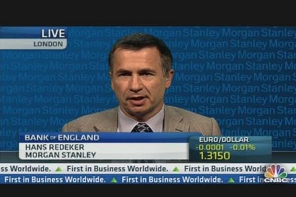 UK Needs Sterling to Weaken: Pro