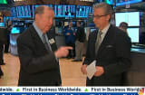 90 Seconds with Art Cashin: Dollar Soft, Gold Getting Crunched