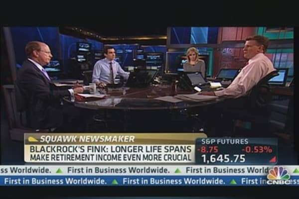 BlackRock's CEO: US Needs Mandatory Savings Policy