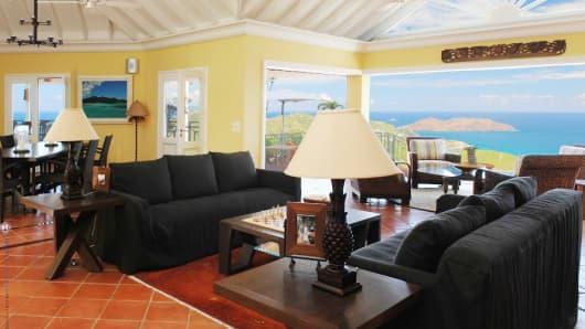Au Soleil property in St. Bart living room.