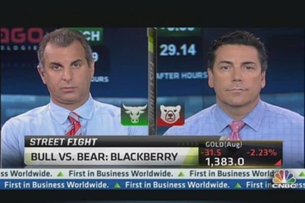 Taking Sides on BlackBerry Stock