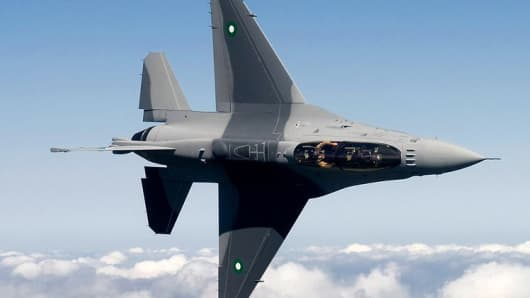 A General Dynamics (Lockheed Martin) F-16 Fighting Falcon undergoes testing in the United States prior to delivery to the Pakistan Air Force.